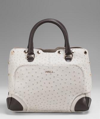 e71ba4c13fe4 Одна из самых известных и популярных итальянских марок Furla вышла на рынок  аксессуаров в 1927 году и по праву считается корифеем в мире моды.