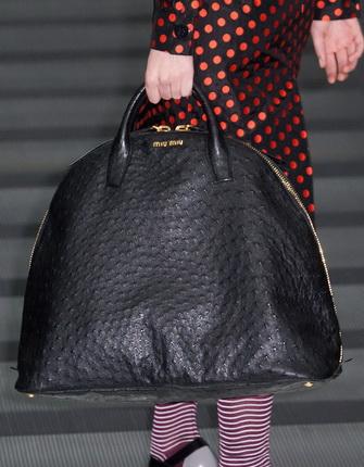 57c1ab3da978 Модные кожаные сумки 2019 и фото стильных кожаных женских сумок 2019