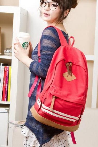 be4926e06008 Рюкзаки для девочек-подростков – это целый спектр отличных идей для  начинающих модниц.