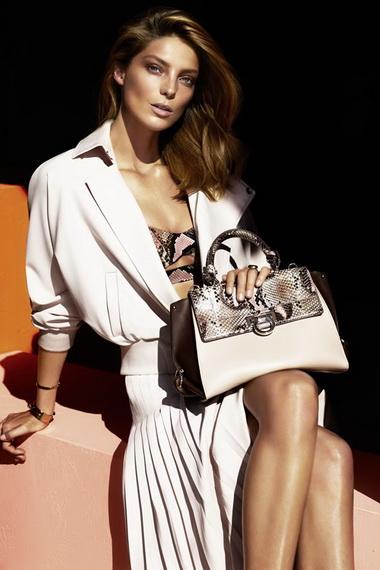a4a108f05dbb Все стили женских сумок в современной моде: сумки в стиле милитари ...