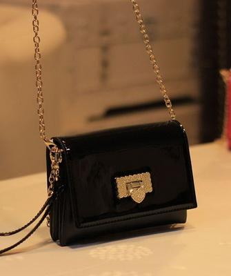Модные лакированные сумки и фото моделей женских сумок 9e66dd615b86e